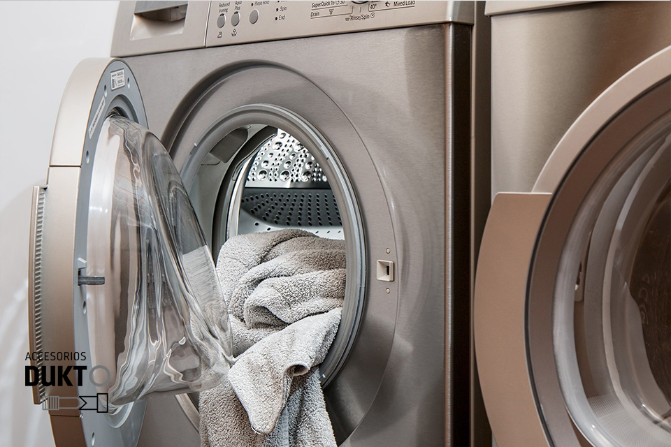 Cuáles son las mejores habitaciones para colocar la lavadora en casa